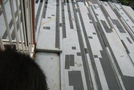 屋根雨漏り補修.jpg